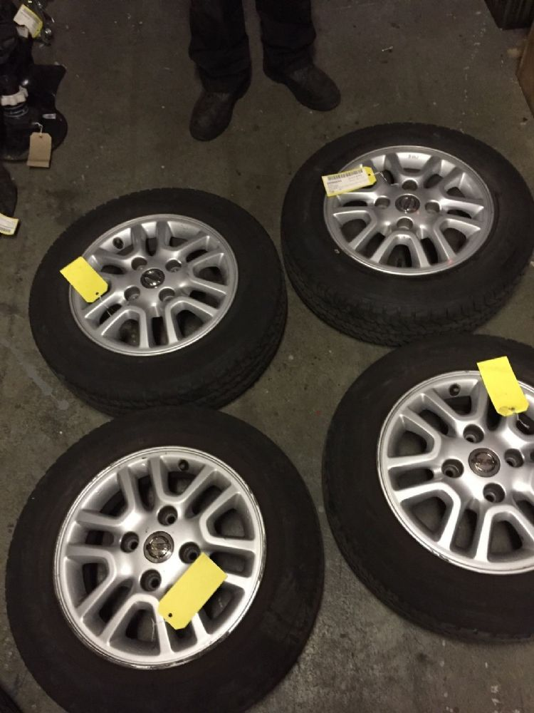 NISSAN NV 200 Set Of Genome Alloys With Tyres